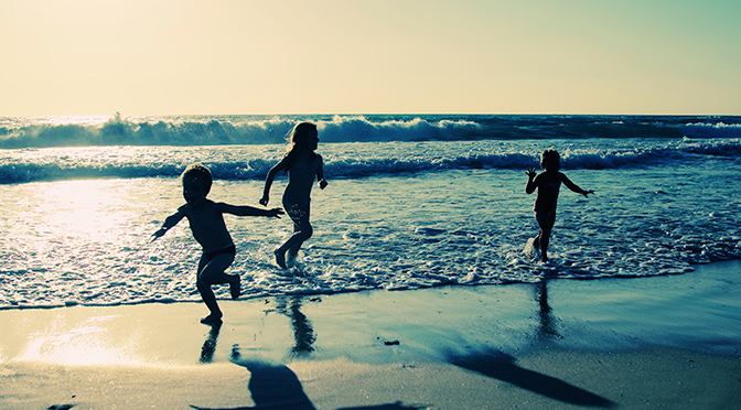 Beach Tips for Travelling With Young Children